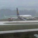 """Atterraggio """"lungo"""" per volo Dublino-Glasgow della Ryanair"""