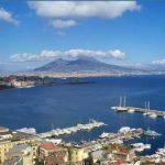 """""""Restiamo aperti… per un'estate amica"""": Napoli da vivere"""