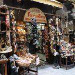 San Gregorio Armeno: la via dei presepi a Napoli